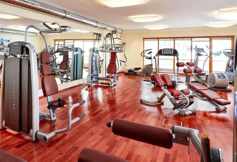 Fitnessraum hotel  Fitness tanken in der Bergwelt von Kühtai im Hotel Konradin